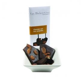 Tablette de chocolat noir aux amandes
