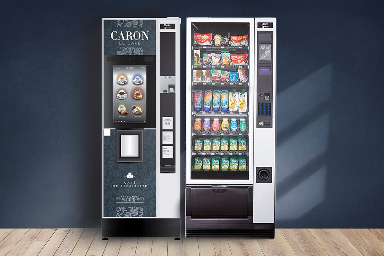 Un distributeur automatique de café un peu spécial