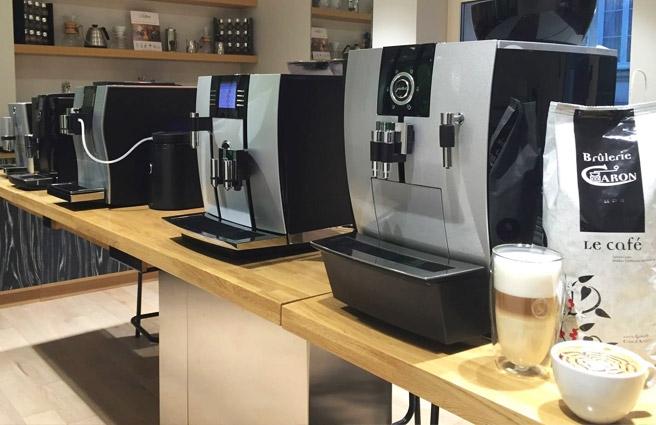 La mise en place de machine espresso pour le Club Direction et Room service pour une préparation en café filtre