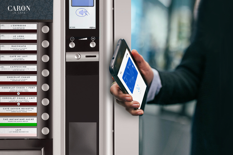 Un distributeur, des solutions de paiement innovantes